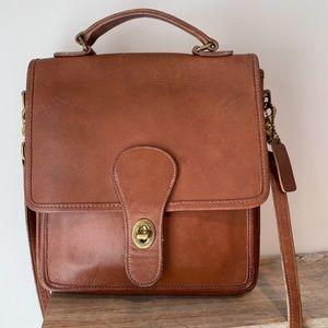 Vintage Coach #5130 Saddle Leather Station Purse